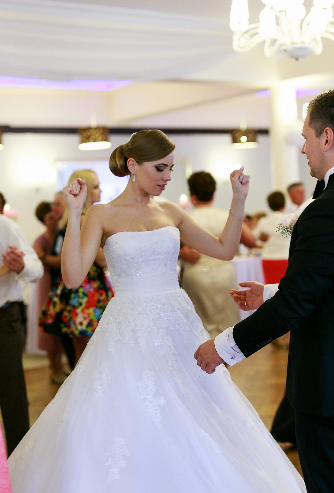 destination wedding photographer wiltshire 101