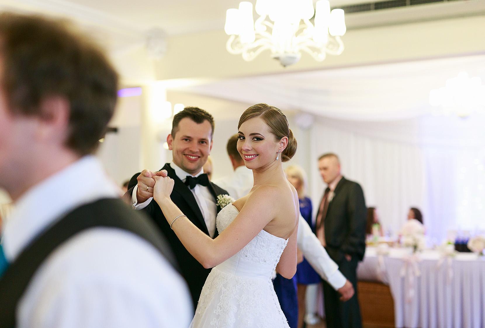 destination wedding photographer wiltshire 102