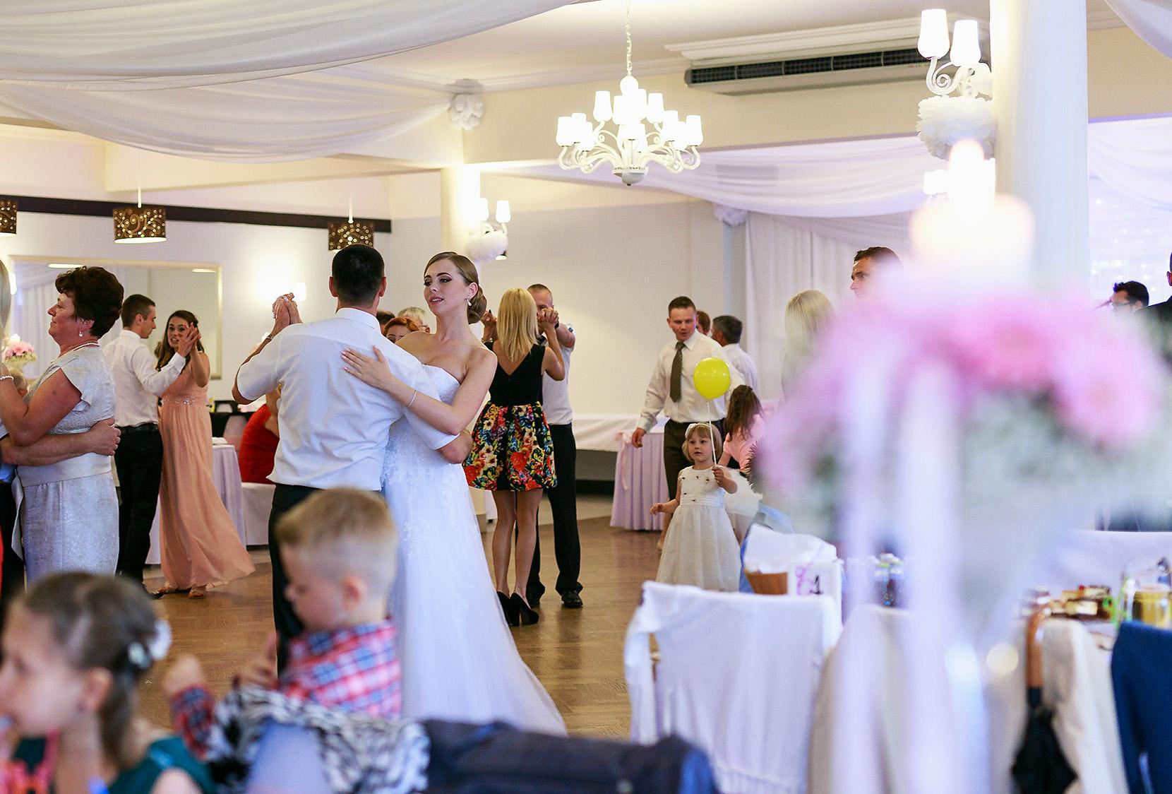 destination wedding photographer wiltshire 109