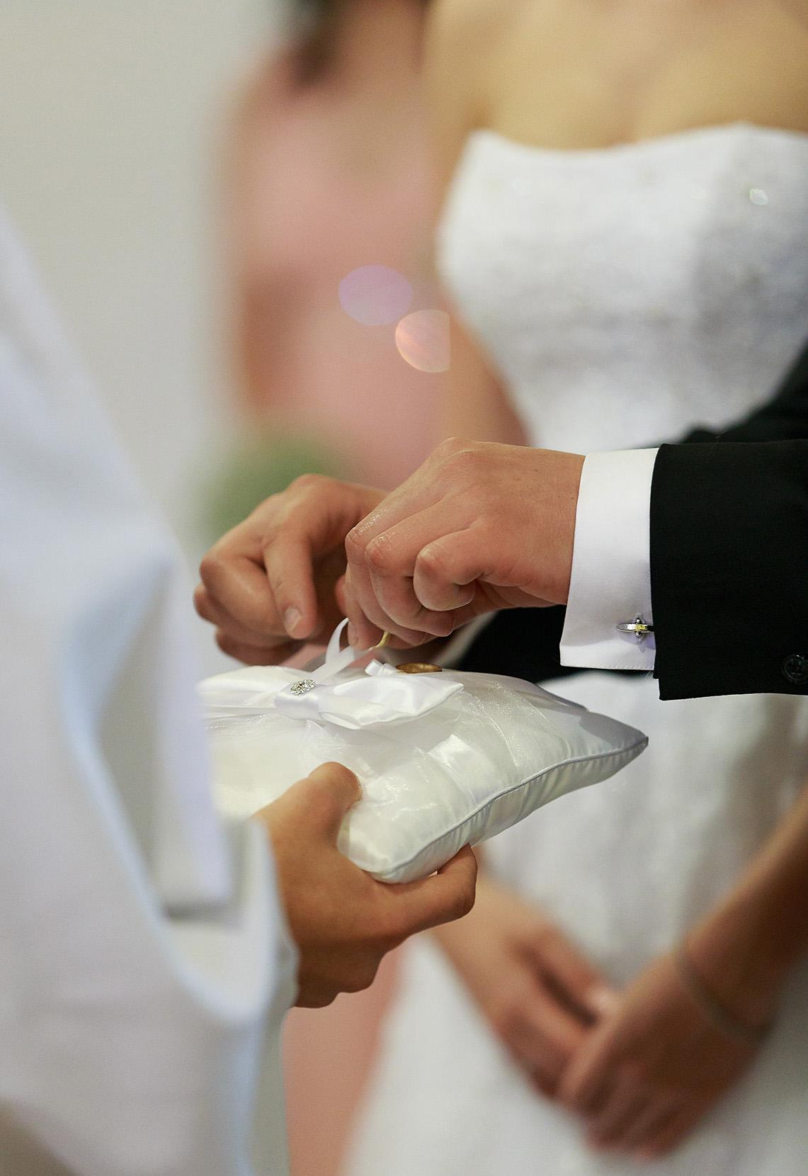 destination wedding photographer wiltshire 31