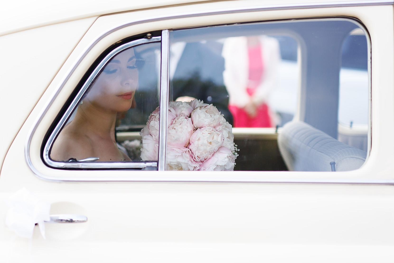 destination wedding photographer wiltshire 51
