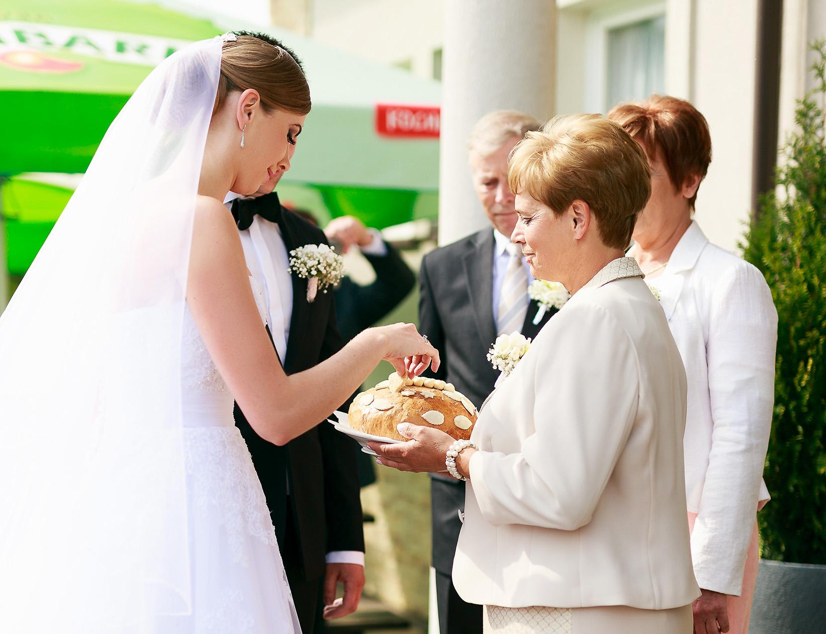 destination wedding photographer wiltshire 59