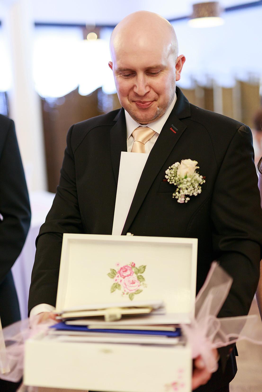 destination wedding photographer wiltshire 66