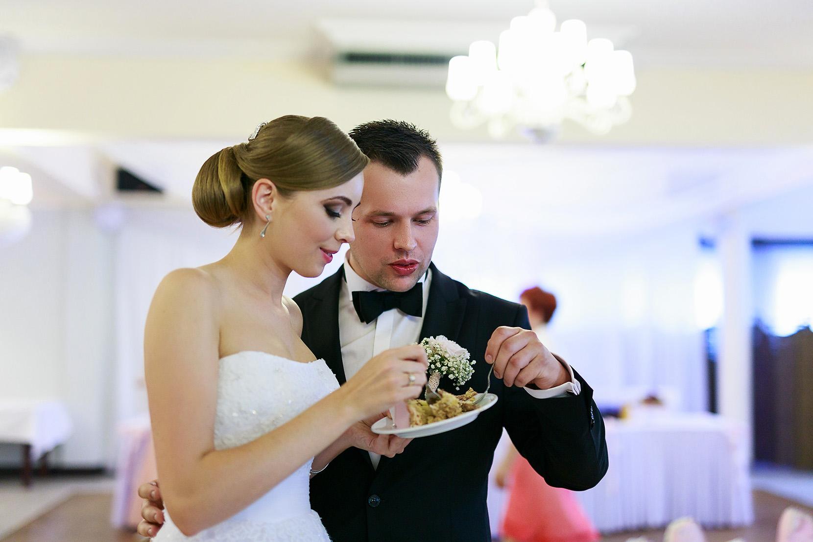 destination wedding photographer wiltshire 81
